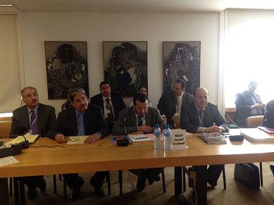 وزراء الصحة بدول الخليج يعقدون 2012-05-23-020.jpg