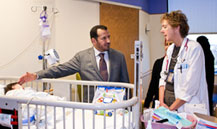 Minister of Health Visits the Saudi Patients at the U.S. Children's National Medical Center